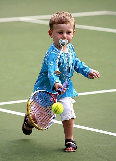 Tennis baby